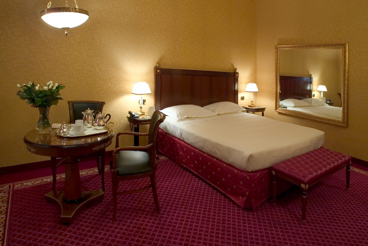 Camere hotel motel maxim for Motel milano
